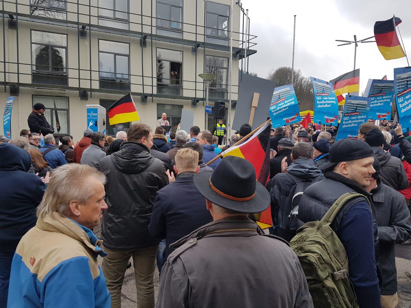Bericht von der Demo beim SWR gegen den Zwangsbeitrag